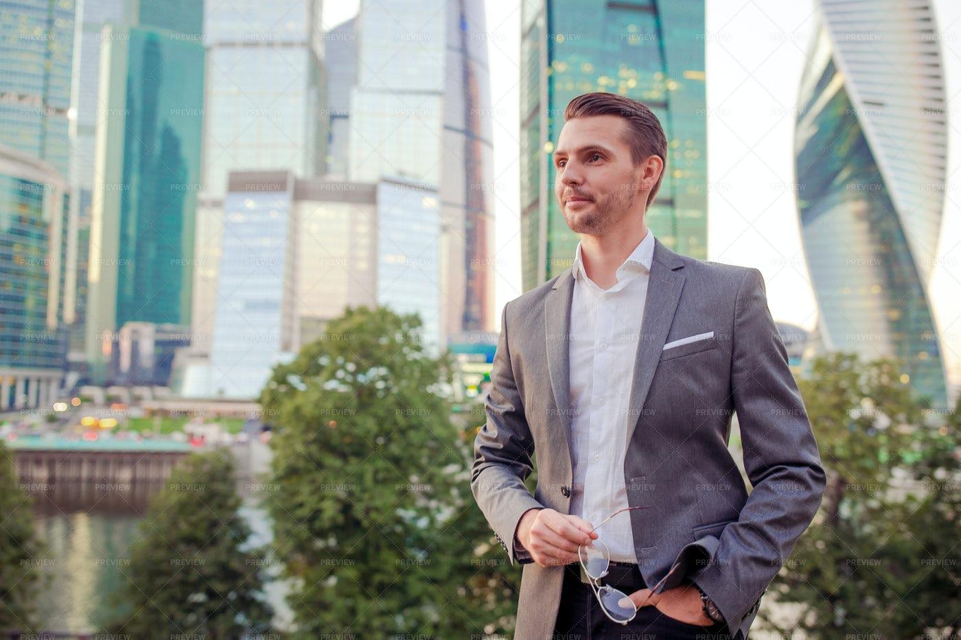 Urban Businessman: Stock Photos
