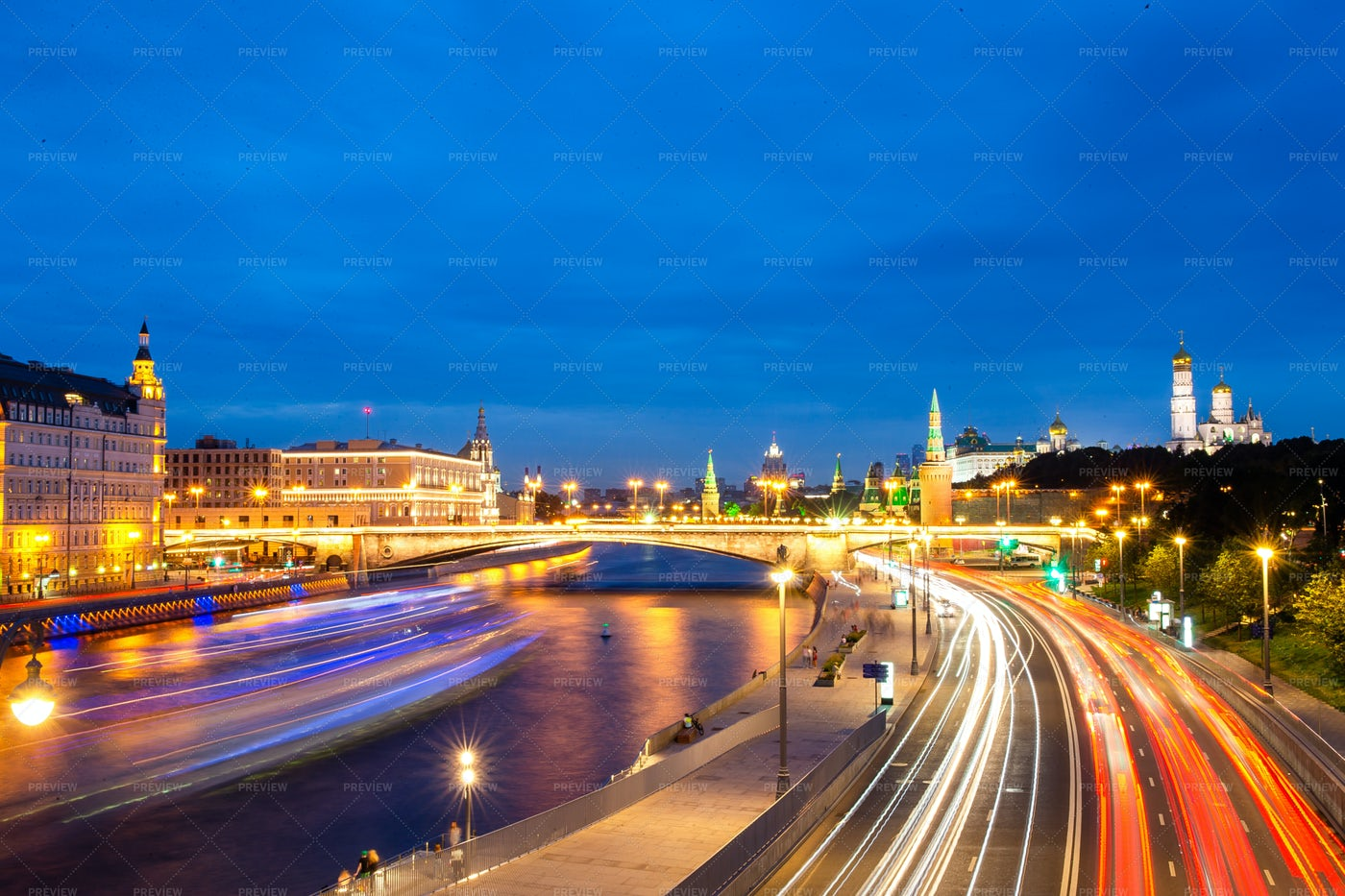 Moscow At Night: Stock Photos