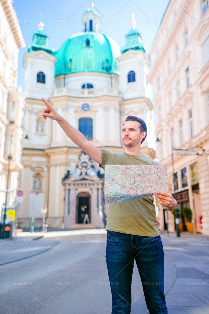 Tourist In Vienna City: Stock Photos