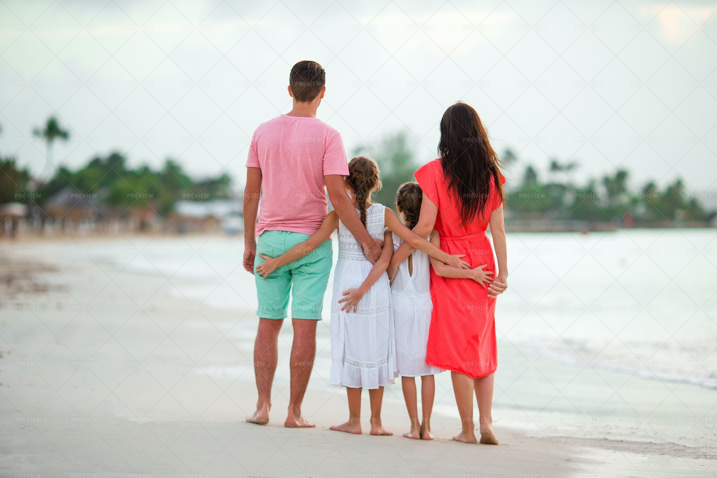 Arm-In-Arm At The Shore: Stock Photos