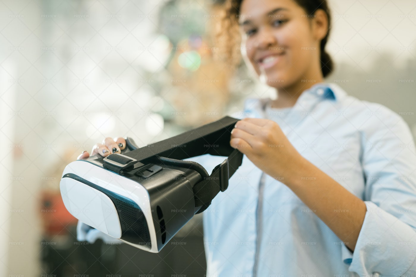 Virtual Reality Headset In Hands Of...: Stock Photos