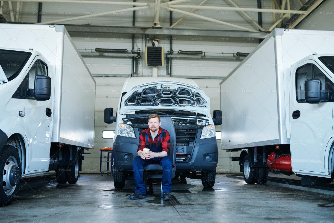 Car Service Technician: Stock Photos
