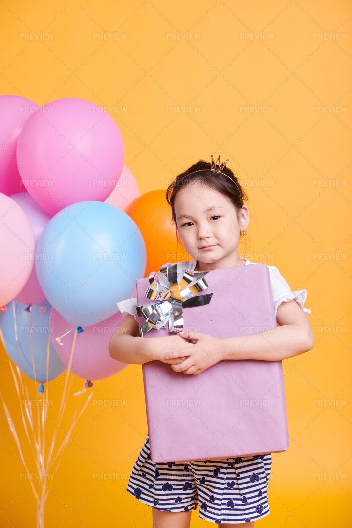 Child With Big Box: Stock Photos