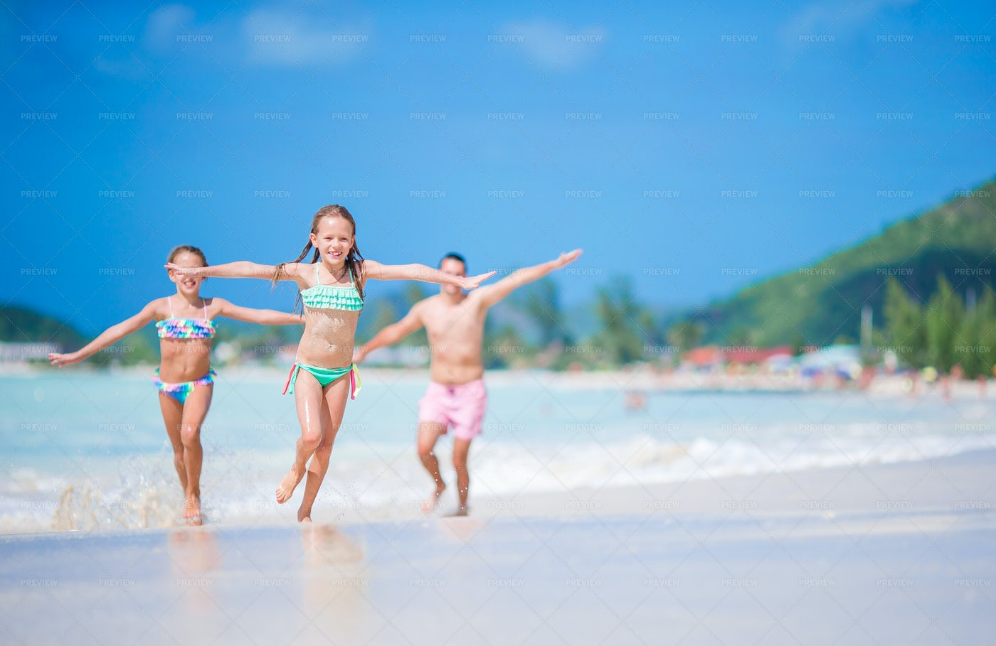 Kids Playing On Vacation: Stock Photos