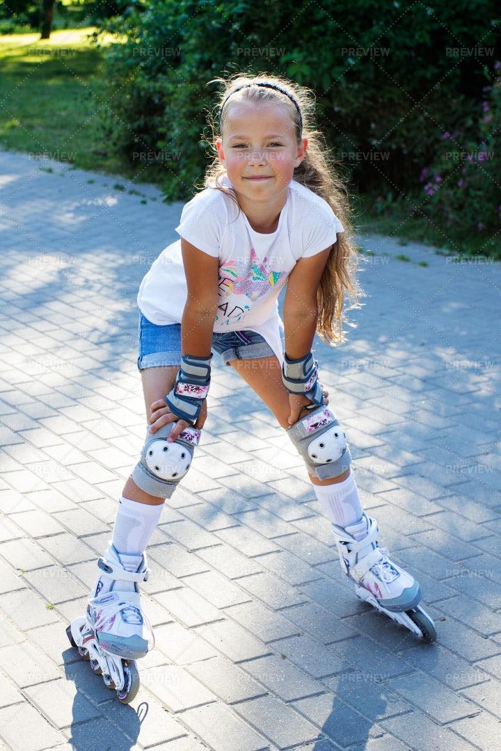 Little Girl Rollerskating: Stock Photos