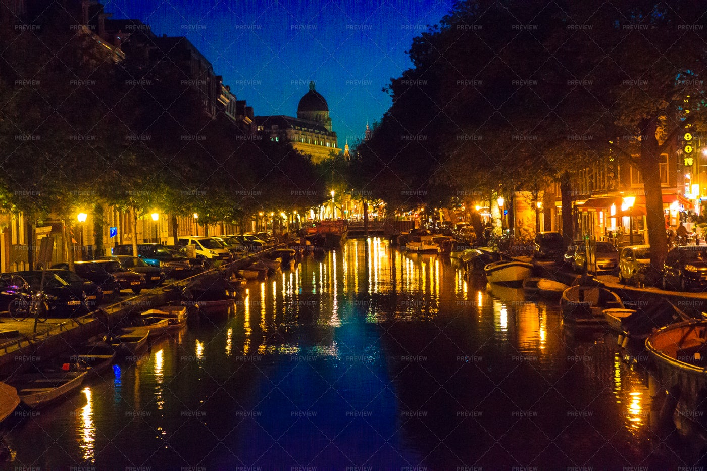 Amsterdam Canals At Night: Stock Photos