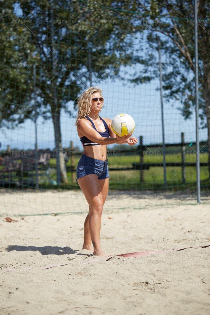 Beach Volleyball: Stock Photos
