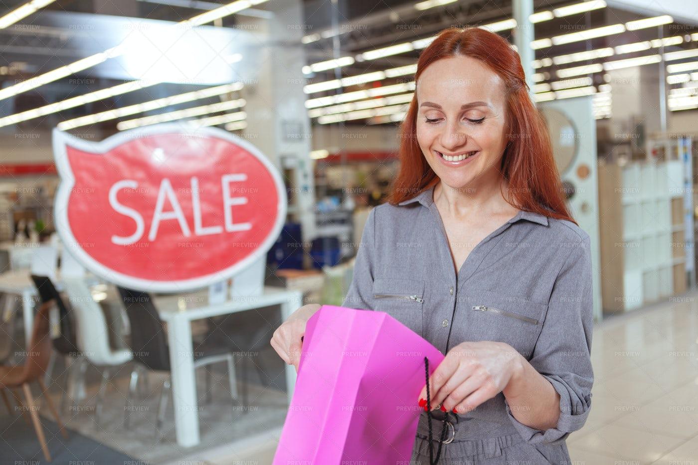 Happy Buyer: Stock Photos