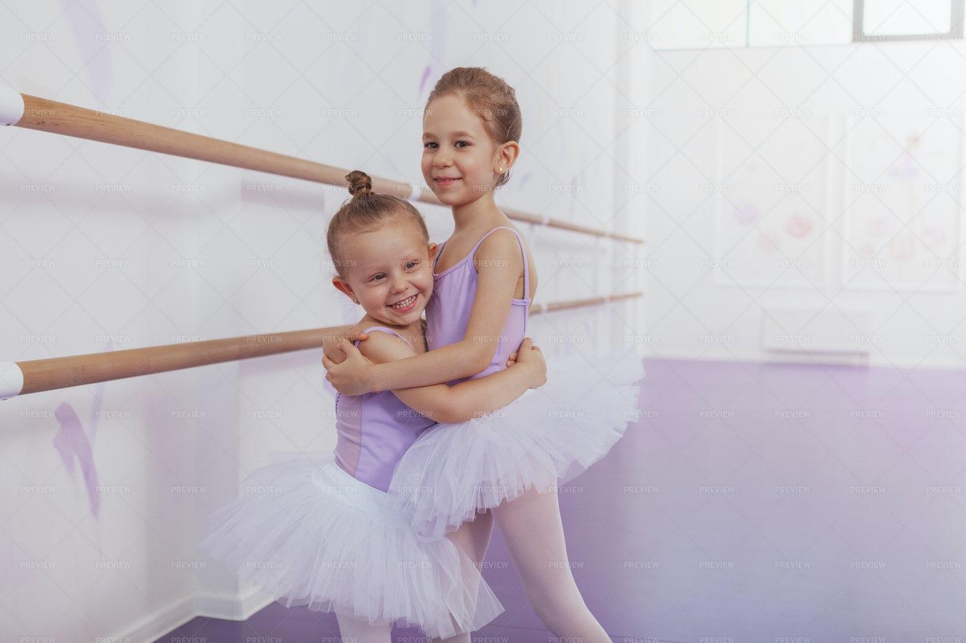 Best Ballerina Friends: Stock Photos