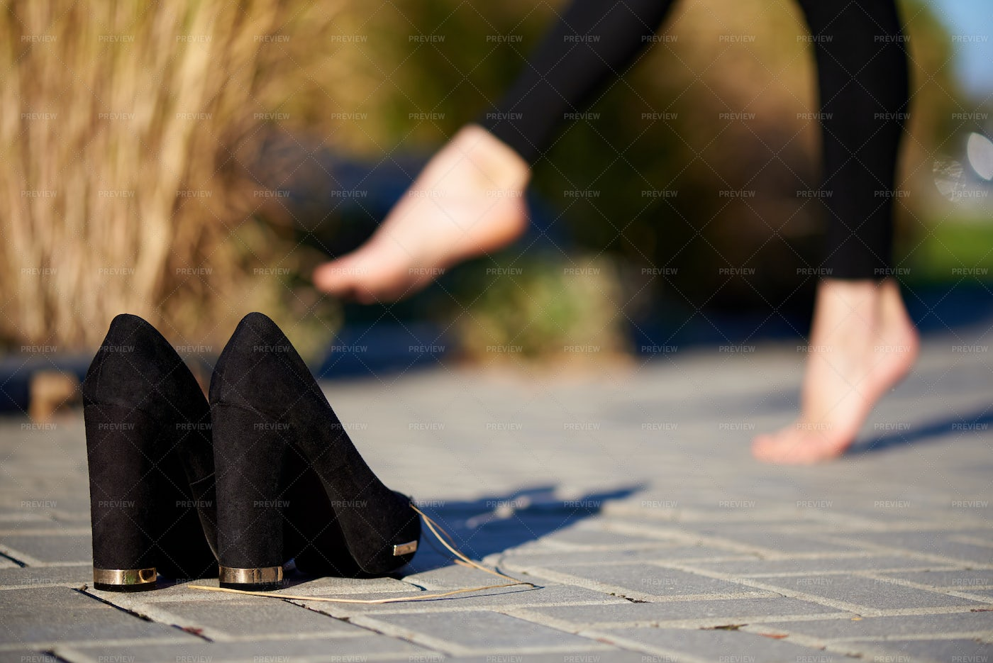 Dancing Without Shoes: Stock Photos