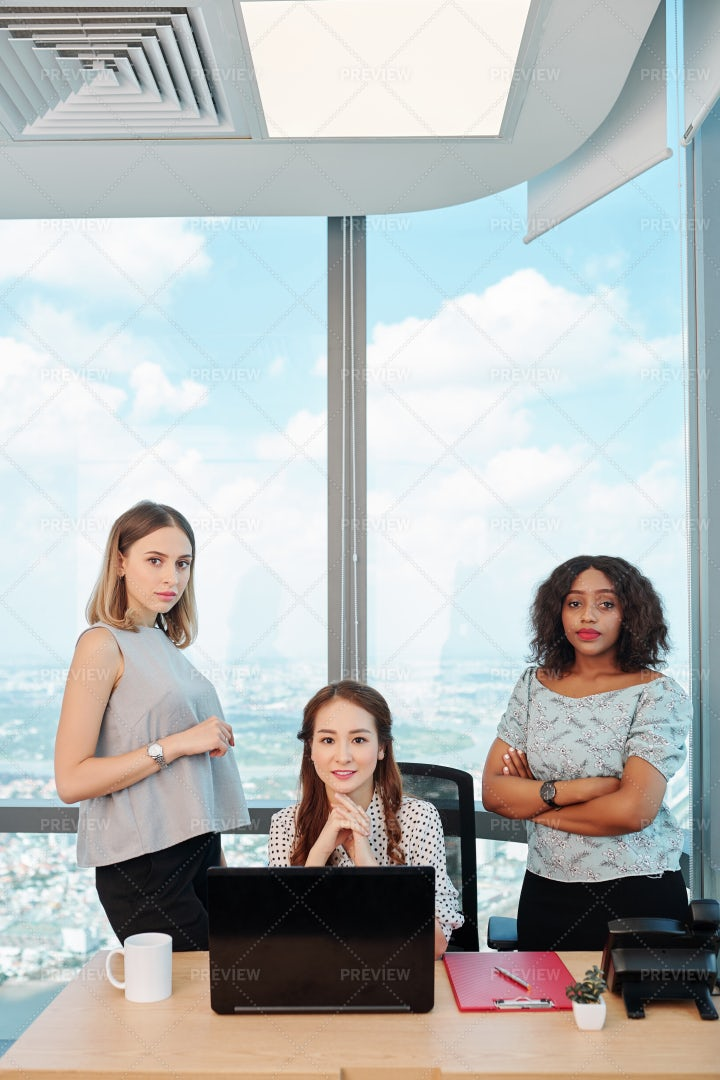 Female Entrepreneurs In Modern Office: Stock Photos