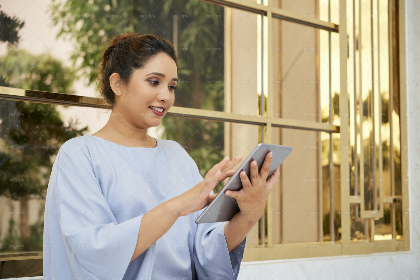 Businesswoman Working Tablet Pc: Stock Photos
