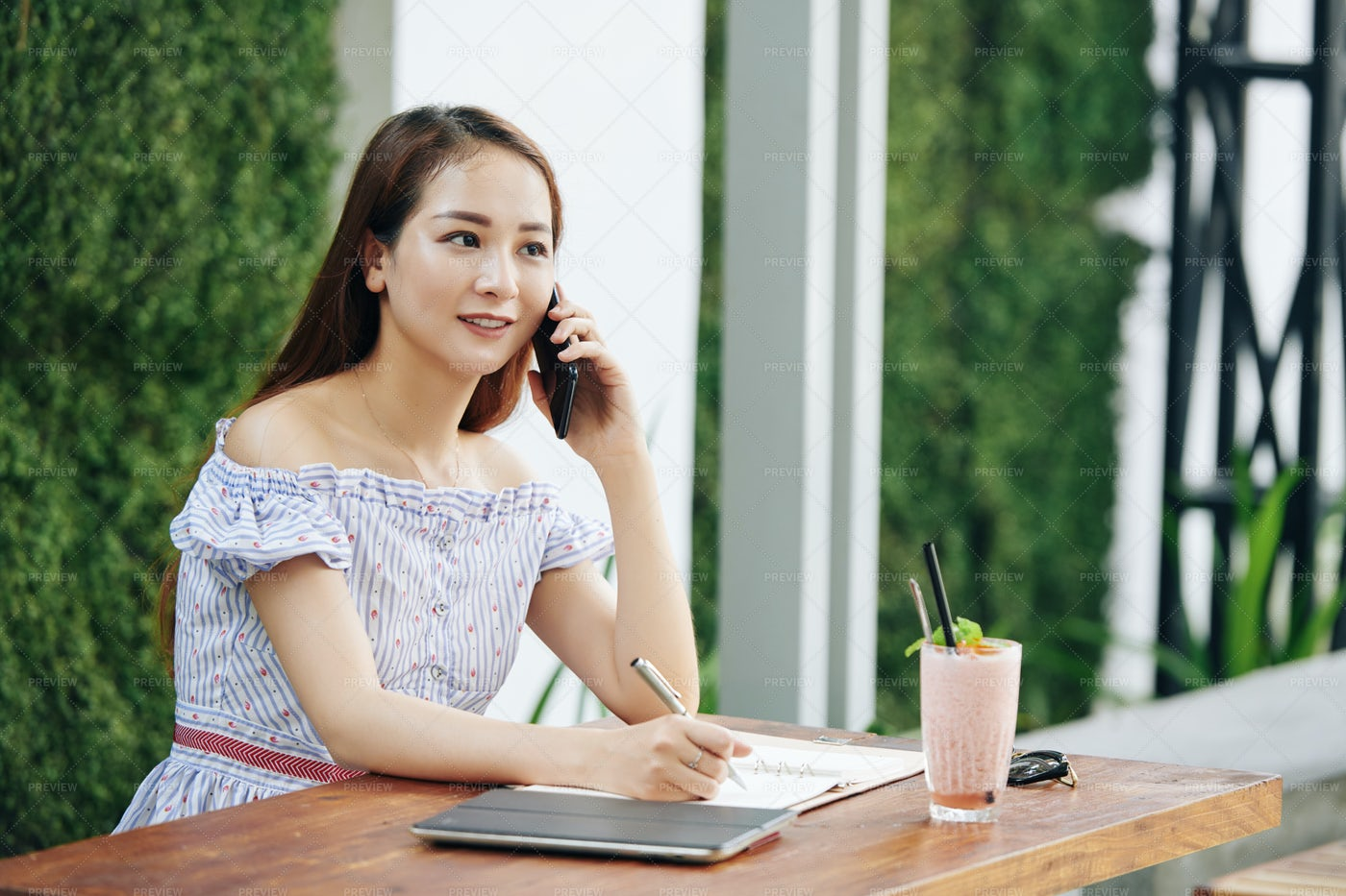 Young Businesswoman At Cafe: Stock Photos