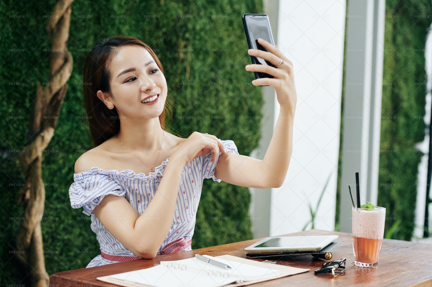 Young Woman Posing For Selfie: Stock Photos