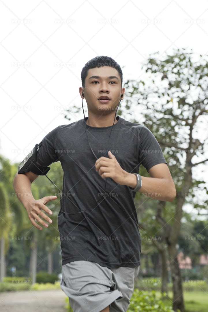 Man Running Fast: Stock Photos