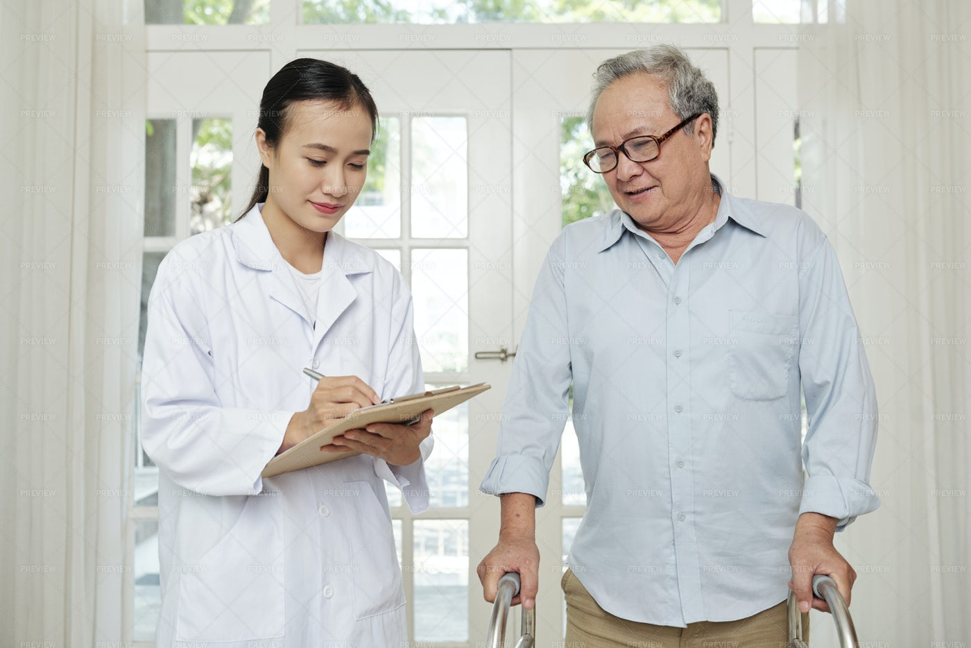 Doctor Coming To Patient's Home: Stock Photos