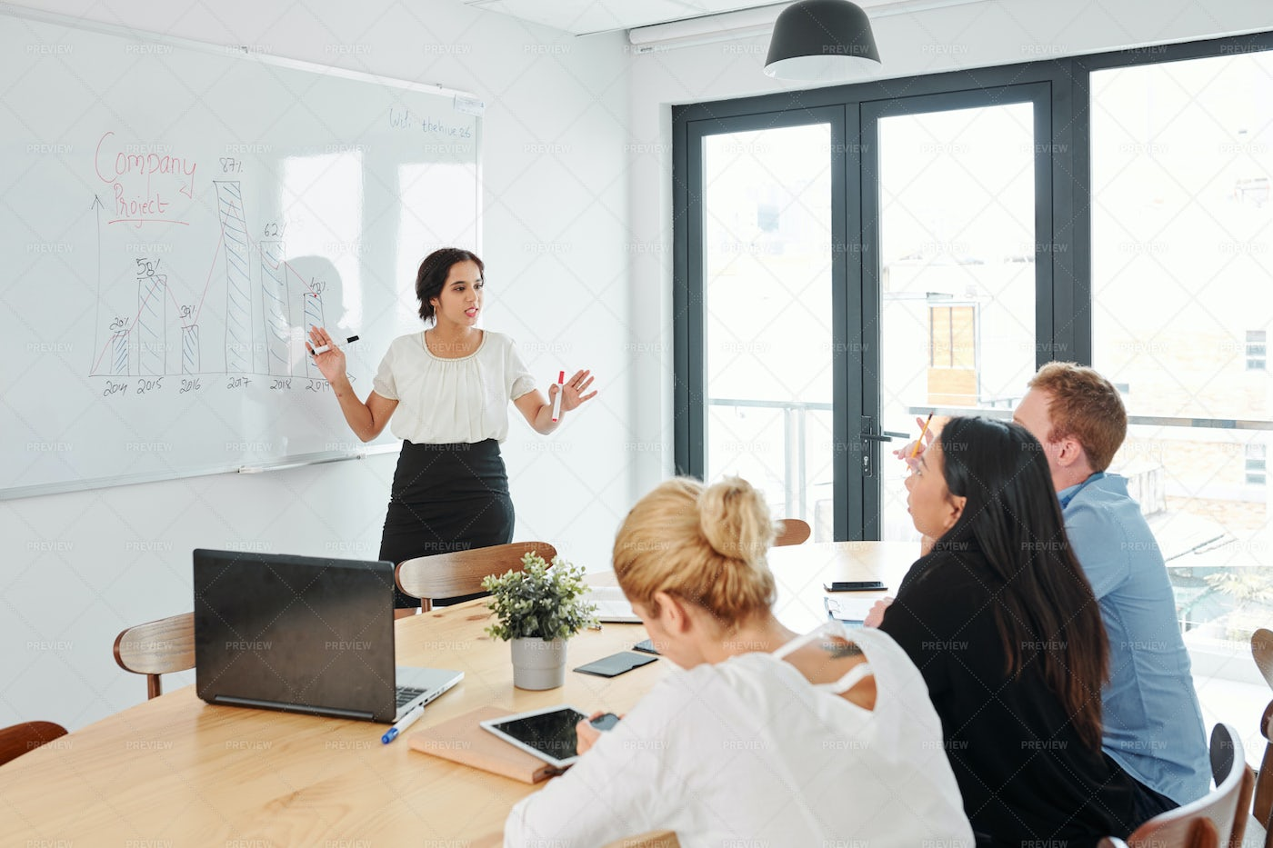 Business Presentation At Office: Stock Photos