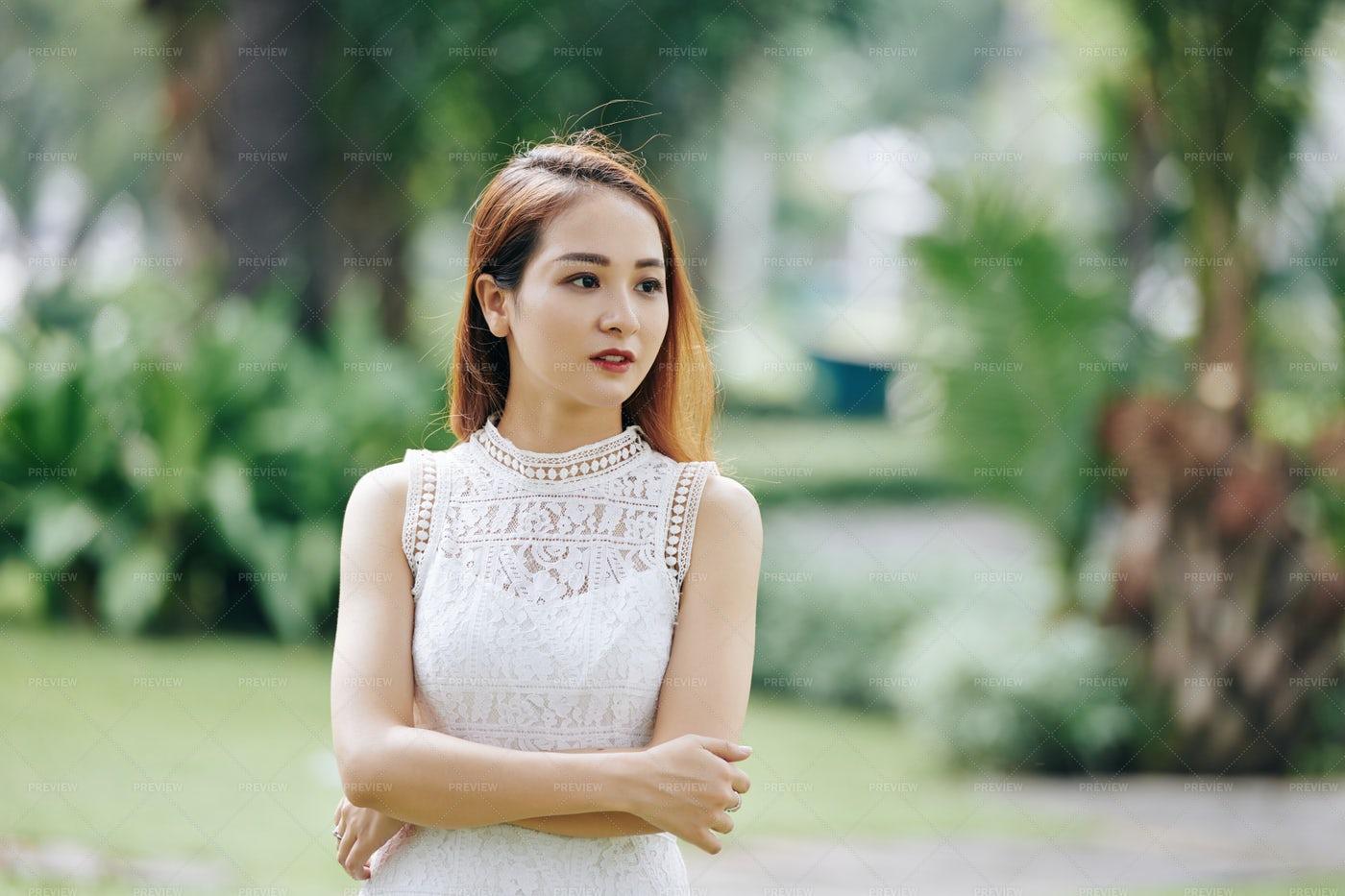 Beautiful Vietnamese Woman: Stock Photos