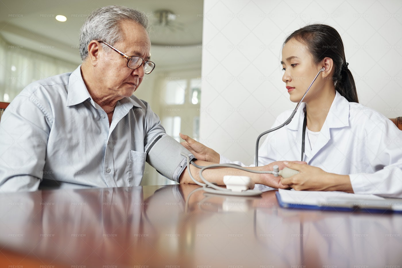 Controlling The Health Of Senior: Stock Photos