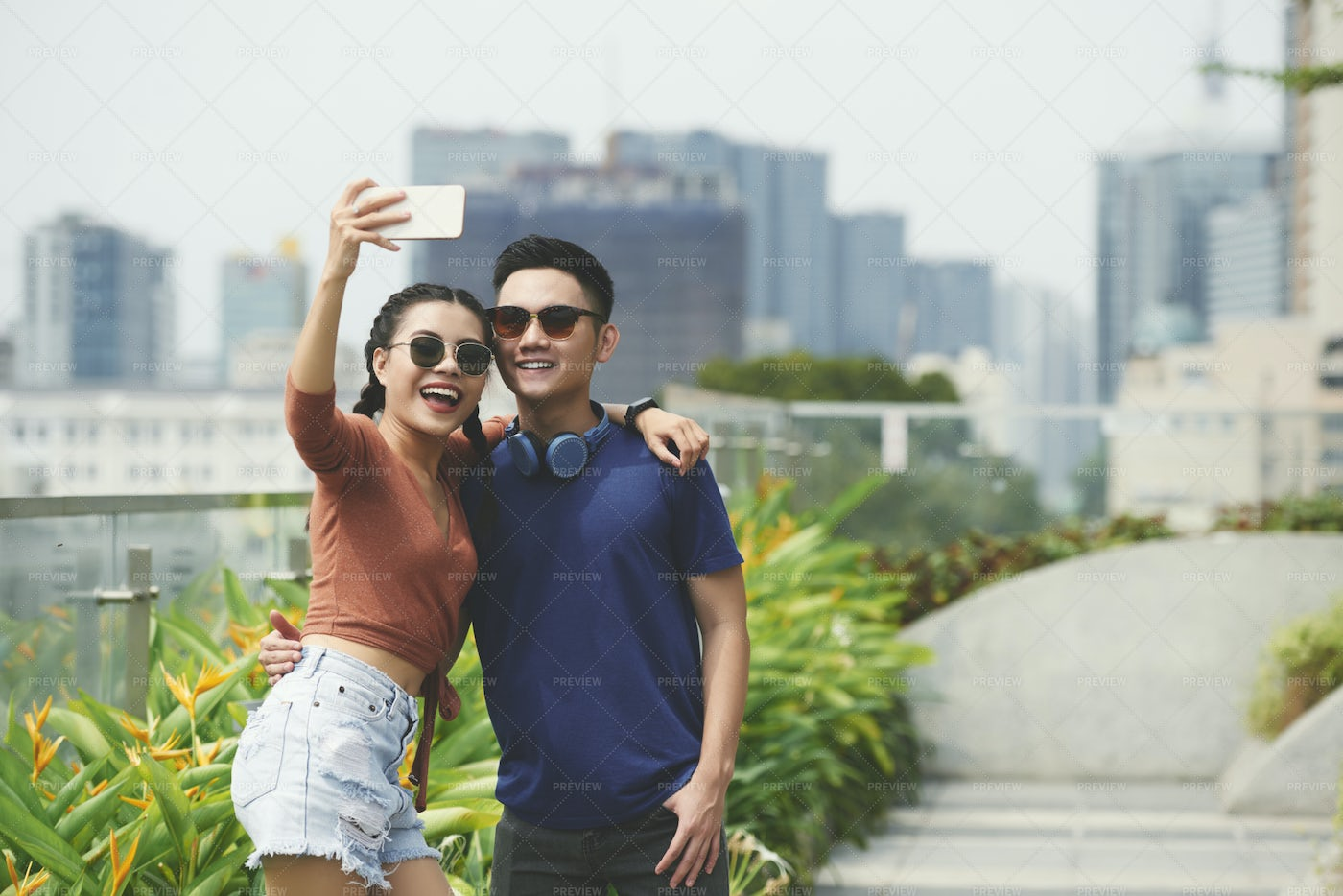 Couple Of Tourists In The City: Stock Photos