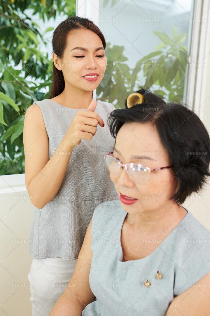 Woman Visiting Hair Salon: Stock Photos