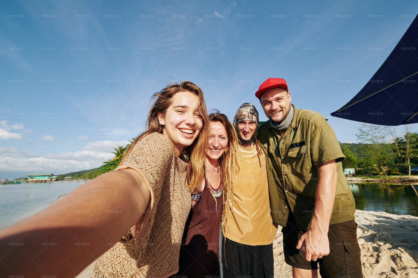 Young People Posing For Selfie On Beach: Stock Photos