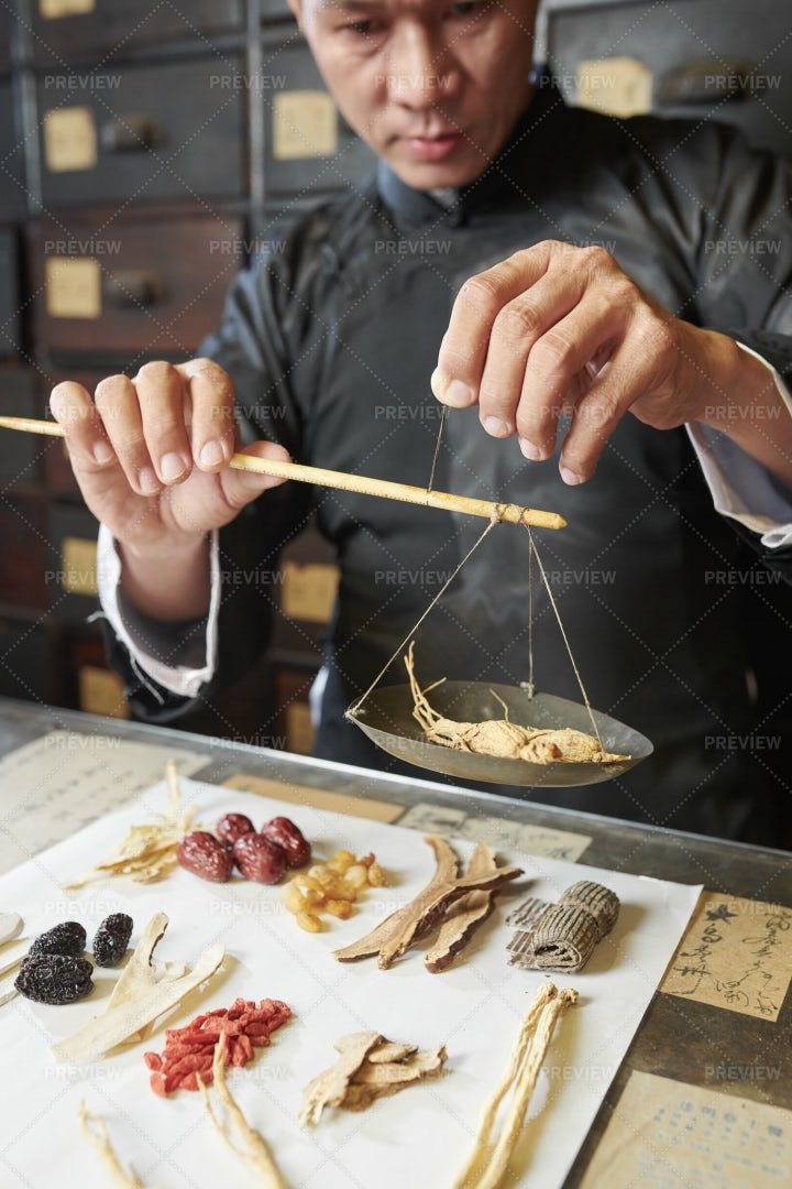 Medicine Practitioner Weighting Dry: Stock Photos