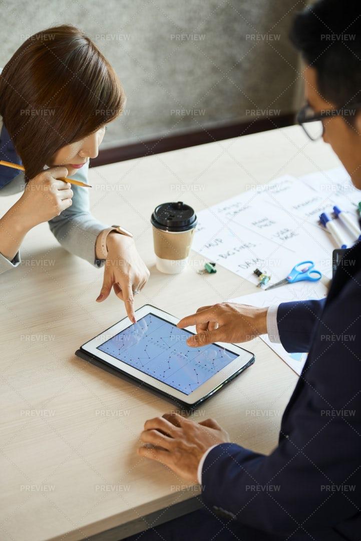 Business Team Analyzing Data: Stock Photos