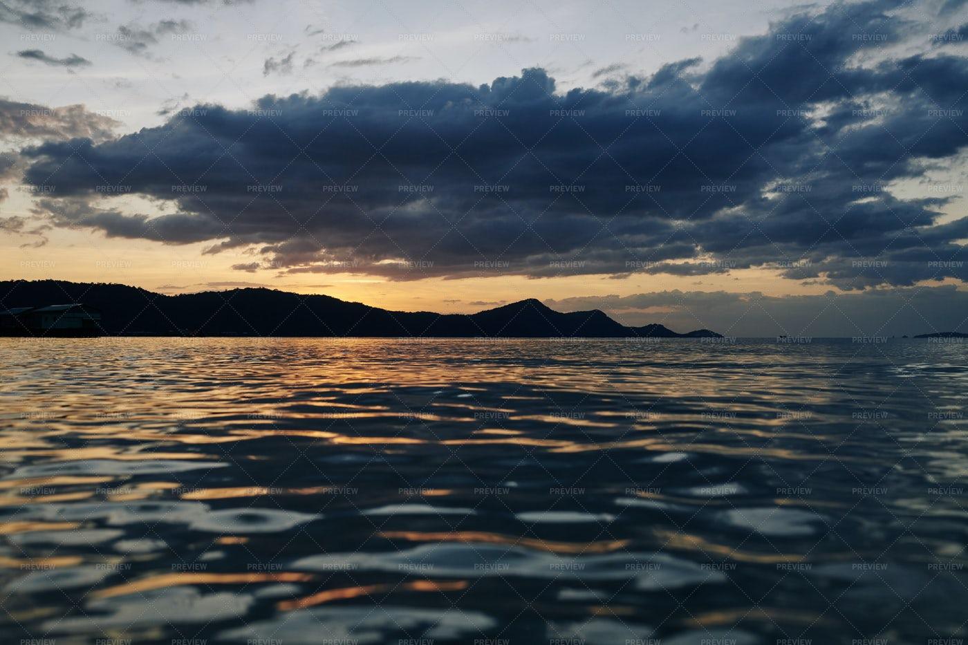 Picturesque Seascape: Stock Photos
