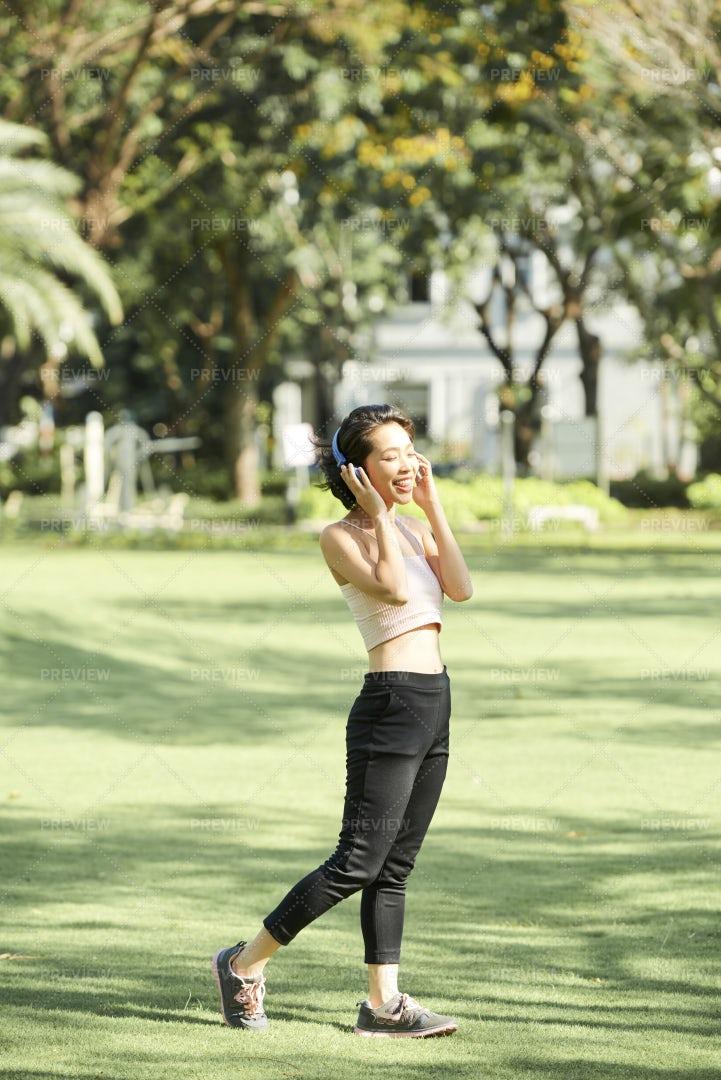 Sporty Woman Enjoying Music: Stock Photos