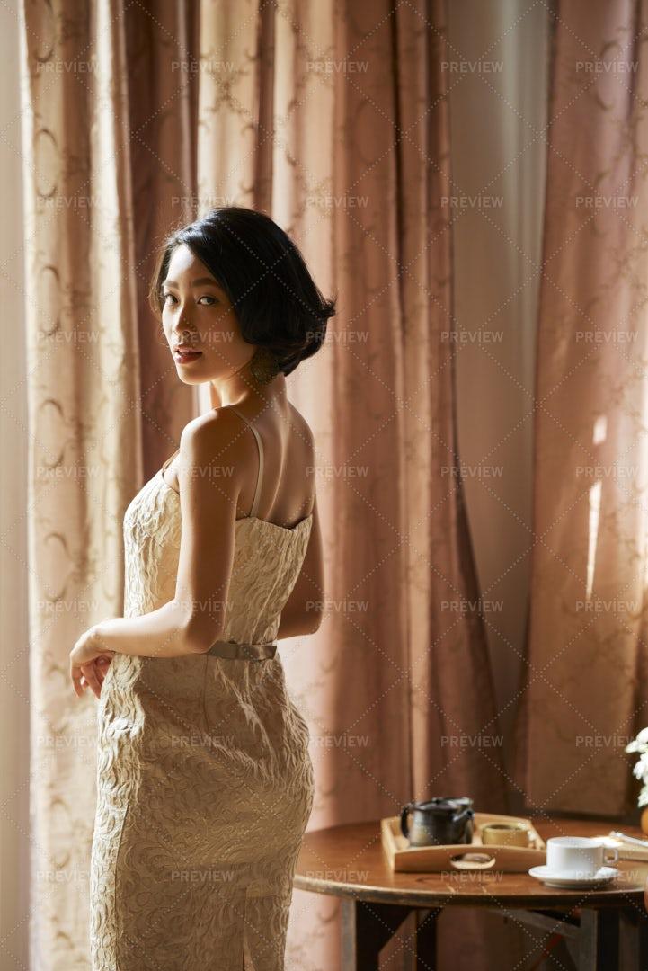Elegant Bride Looking At Camera: Stock Photos