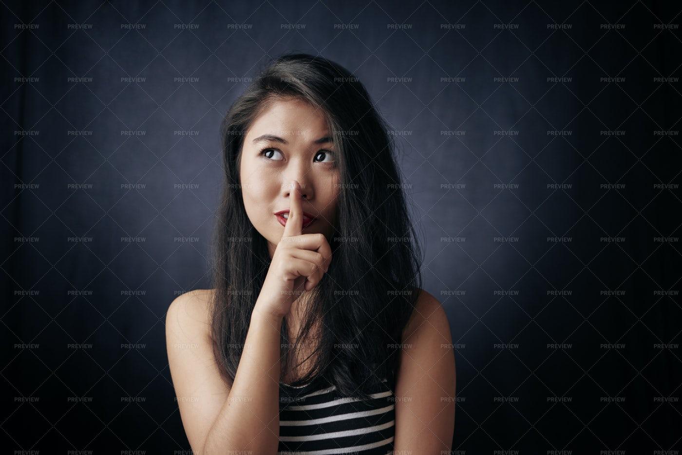 Keep Silence: Stock Photos