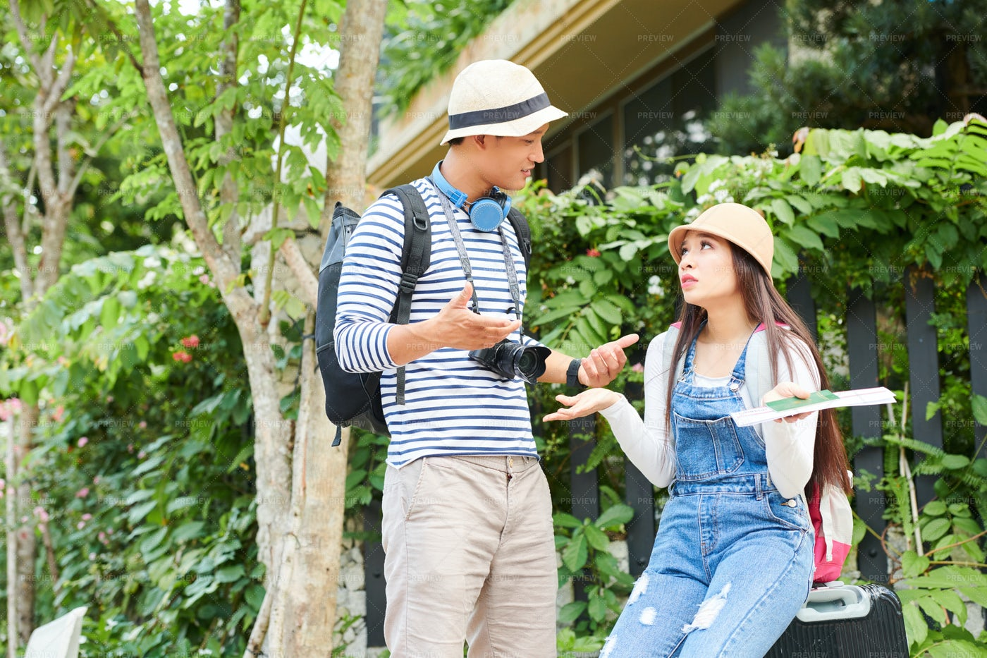 Talking Tourists: Stock Photos
