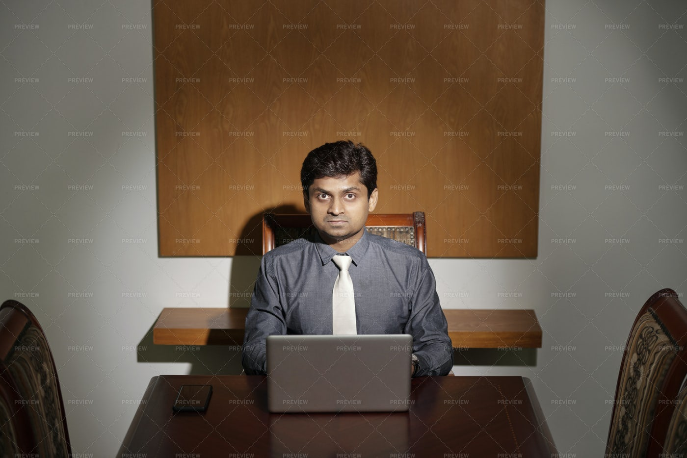 Businessman Working Alone: Stock Photos