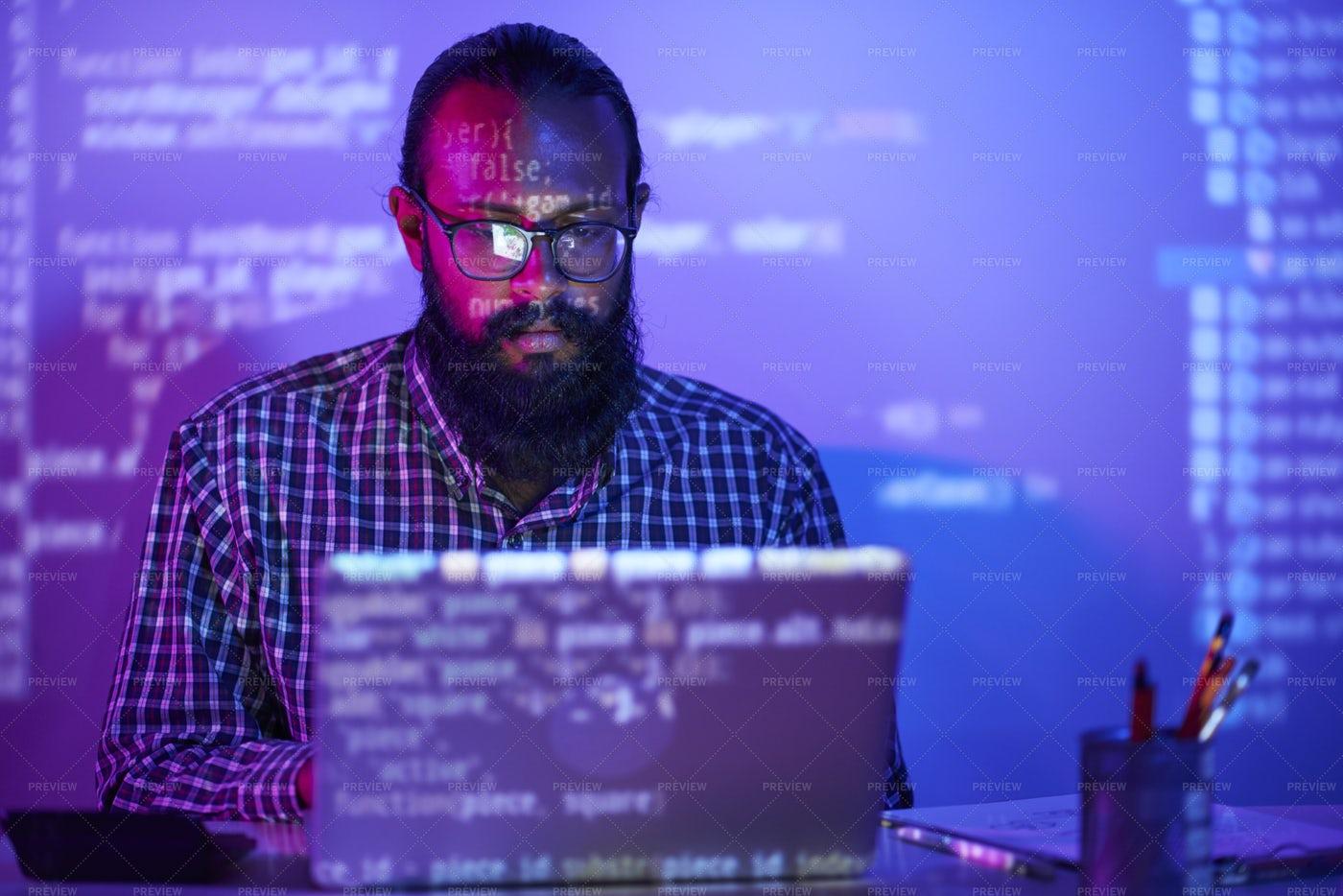 Businessman Working On Laptop: Stock Photos