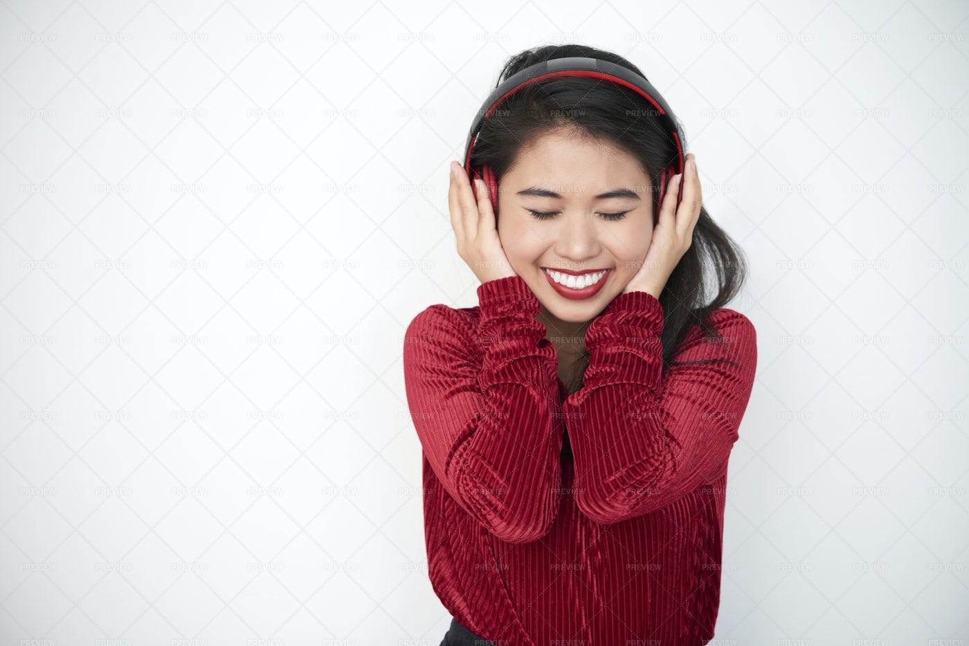 Woman Listening To Music: Stock Photos