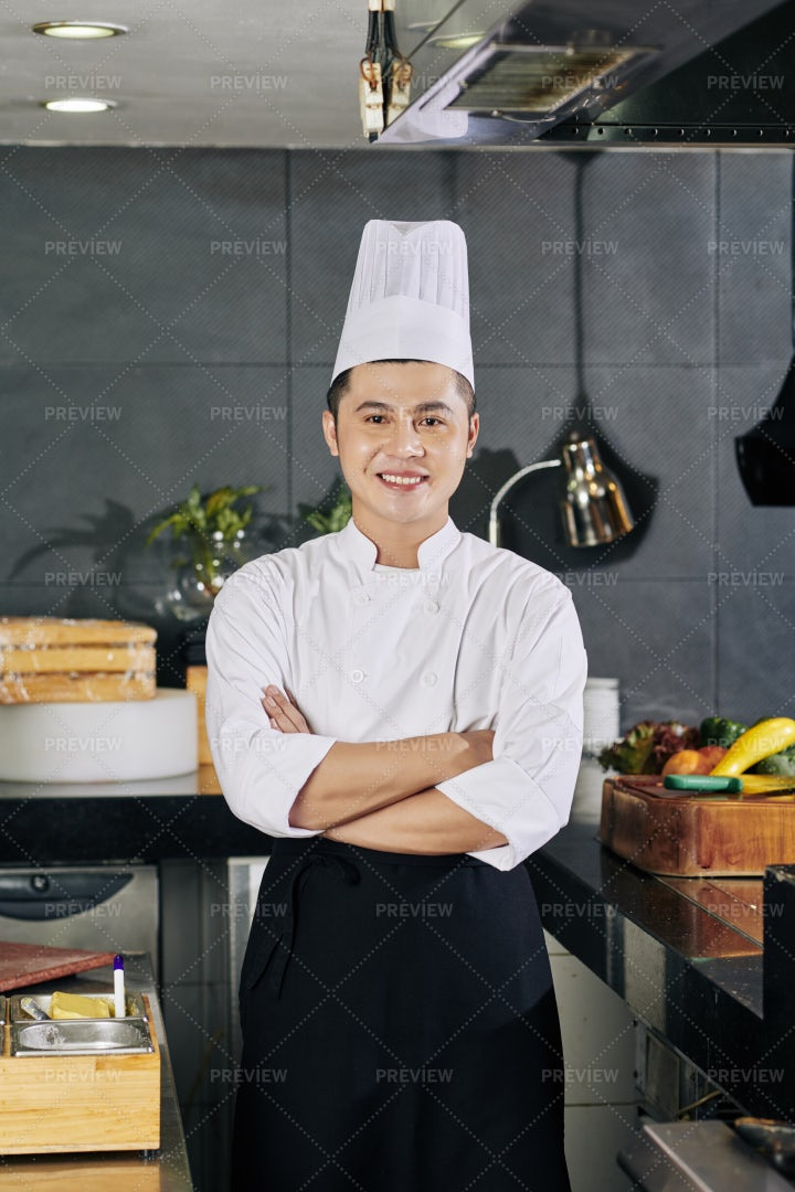 Chef Cooking At The Restaurant: Stock Photos