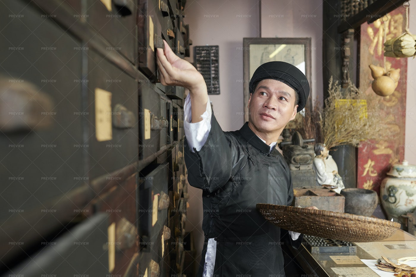 Traditional Apothecary Worker: Stock Photos