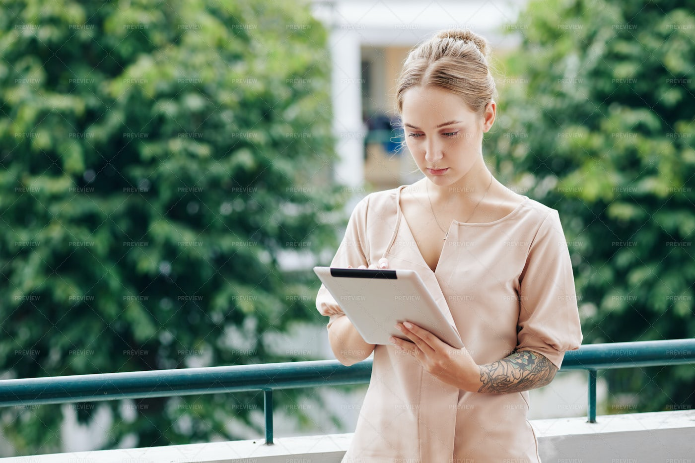 Woman Reading Article Online: Stock Photos