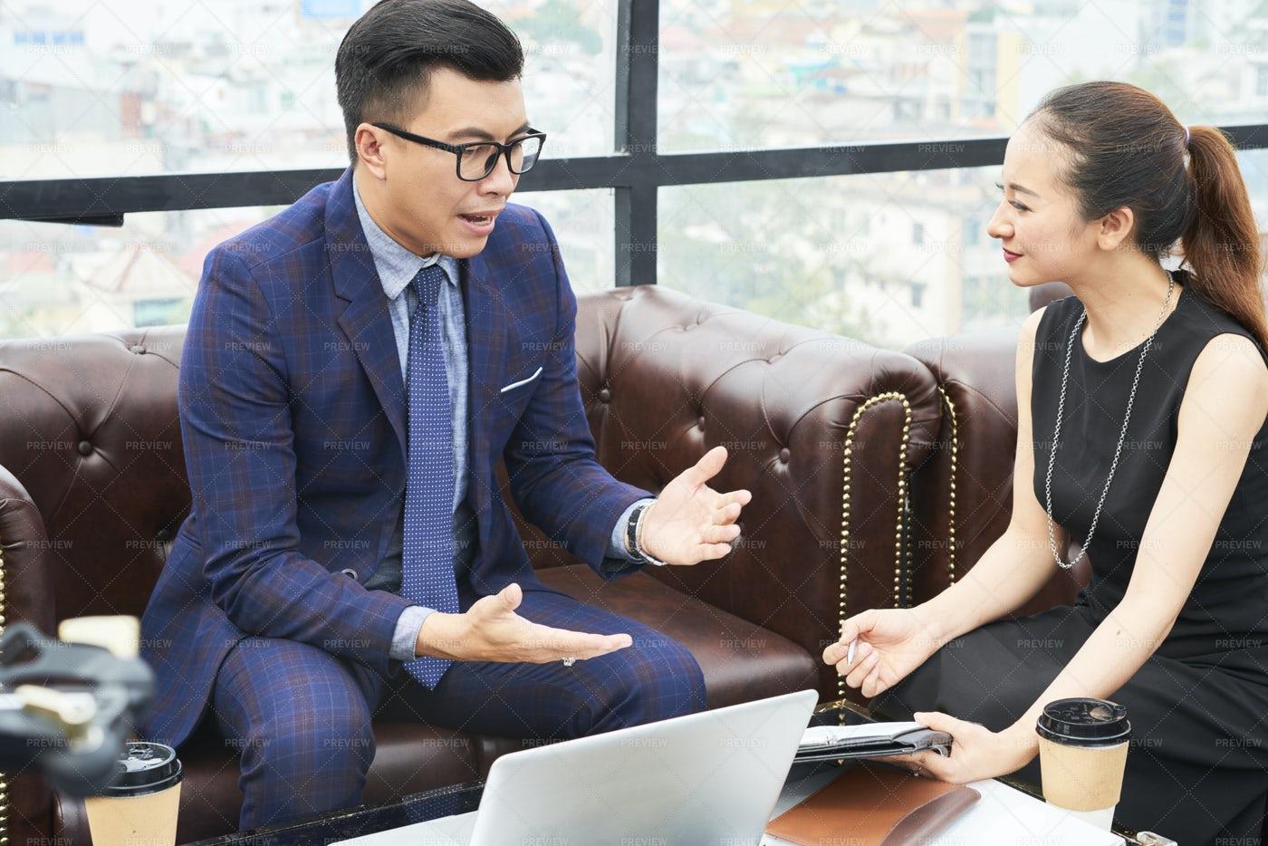 Entrepreneur Talking To Business: Stock Photos