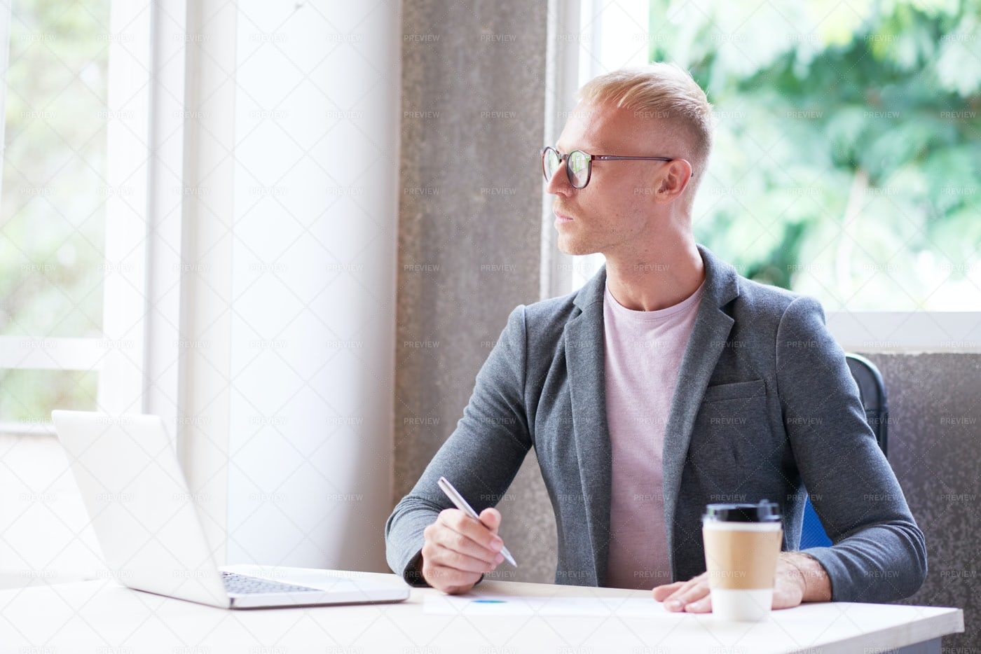 Financial Analyst Working In Office: Stock Photos