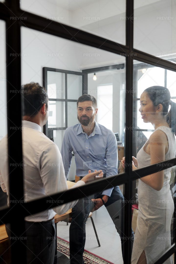 Business Team Planning At Office: Stock Photos