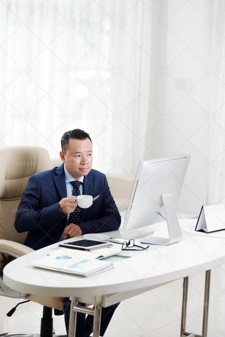 Coffee Break At Office: Stock Photos
