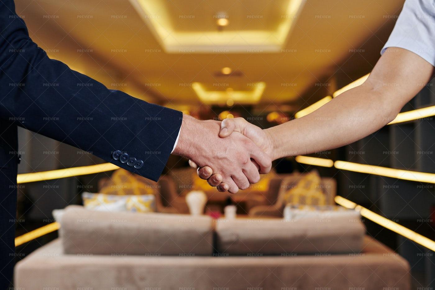 Entrepreneurs Shaking Hands: Stock Photos