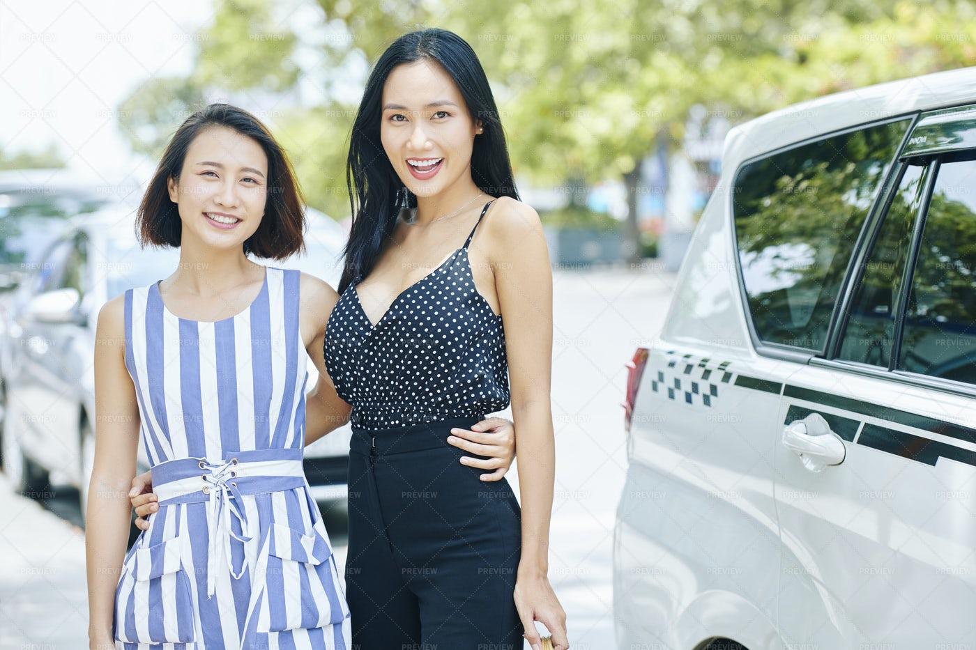 Asian Women In The City: Stock Photos