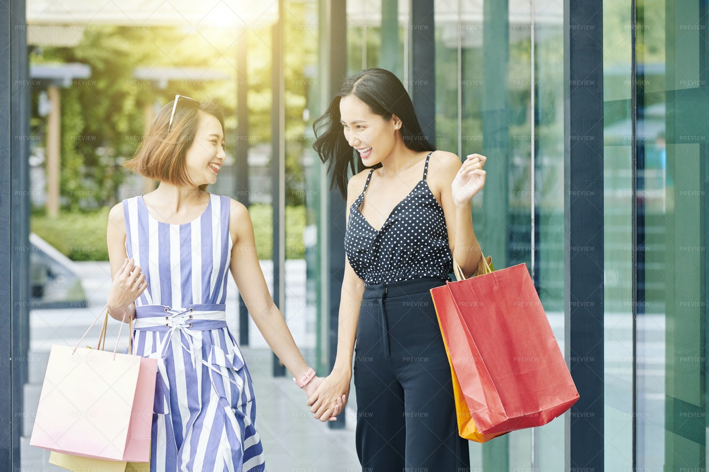 Happy Day For Shopping: Stock Photos