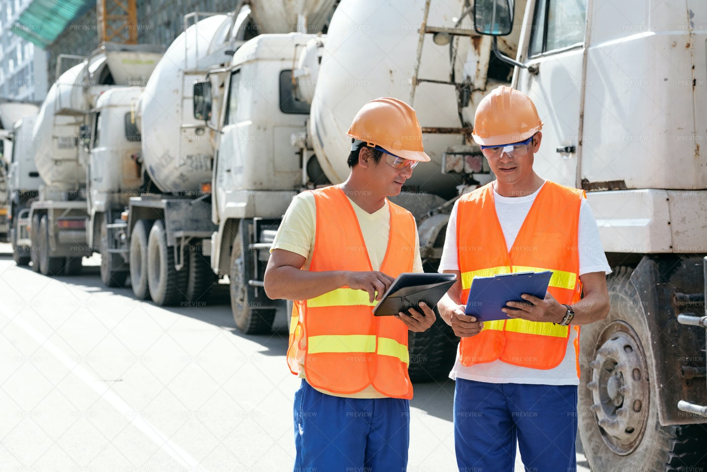 Engineers Discussing Work: Stock Photos