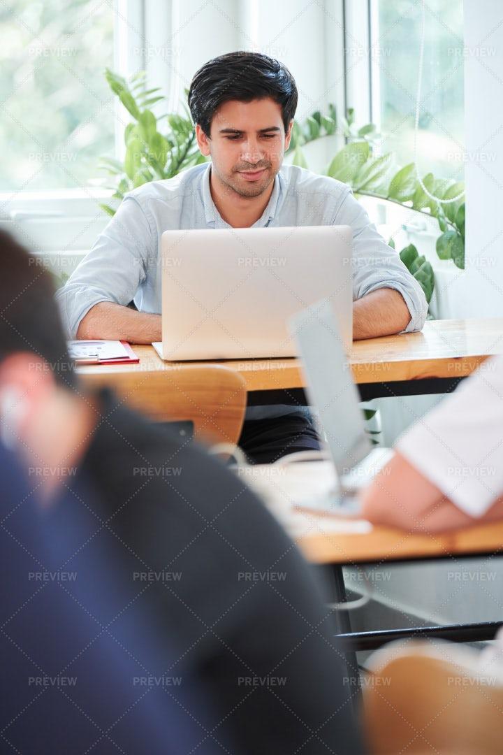 Businessman Using Laptop: Stock Photos