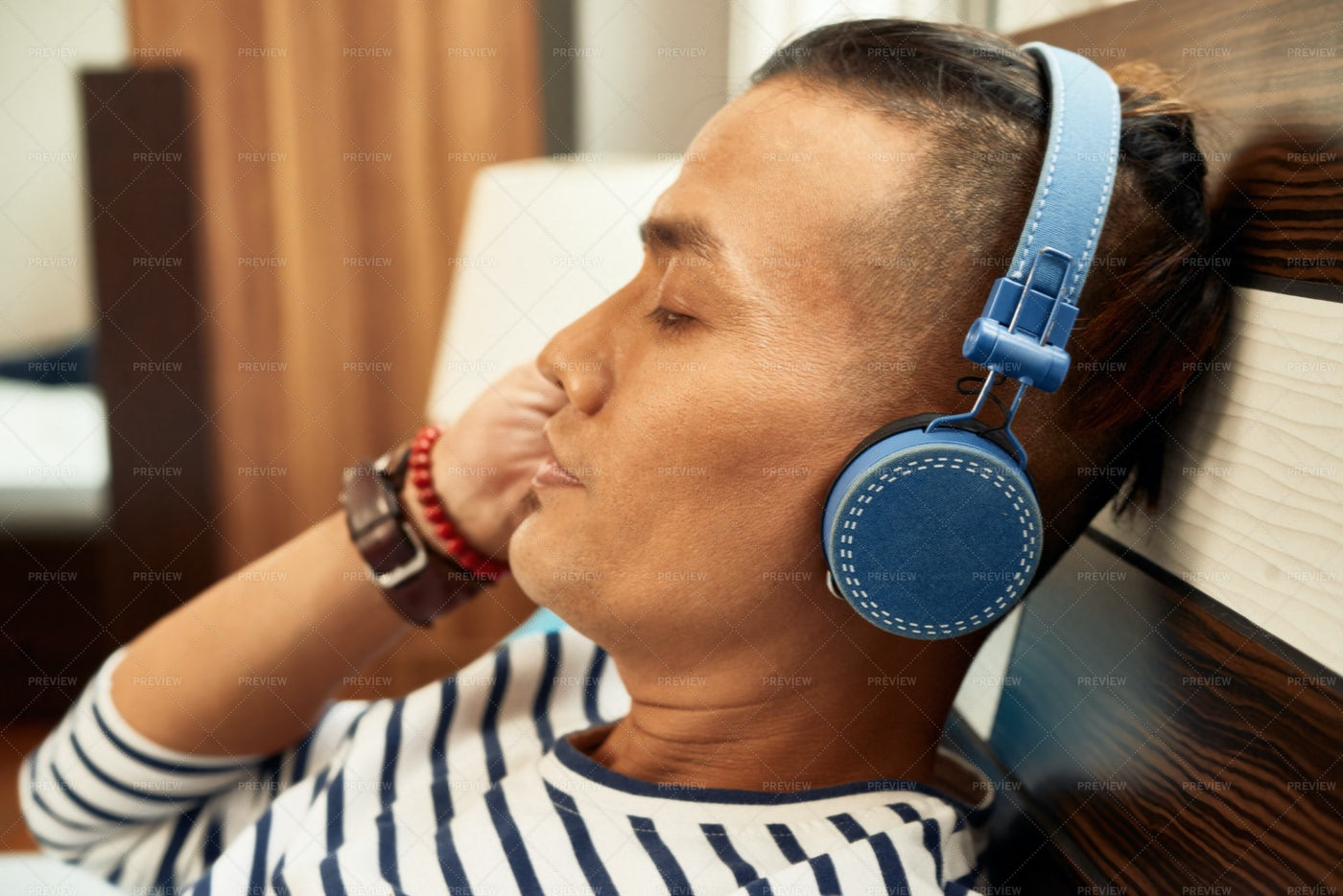 Meloman In Headphones: Stock Photos
