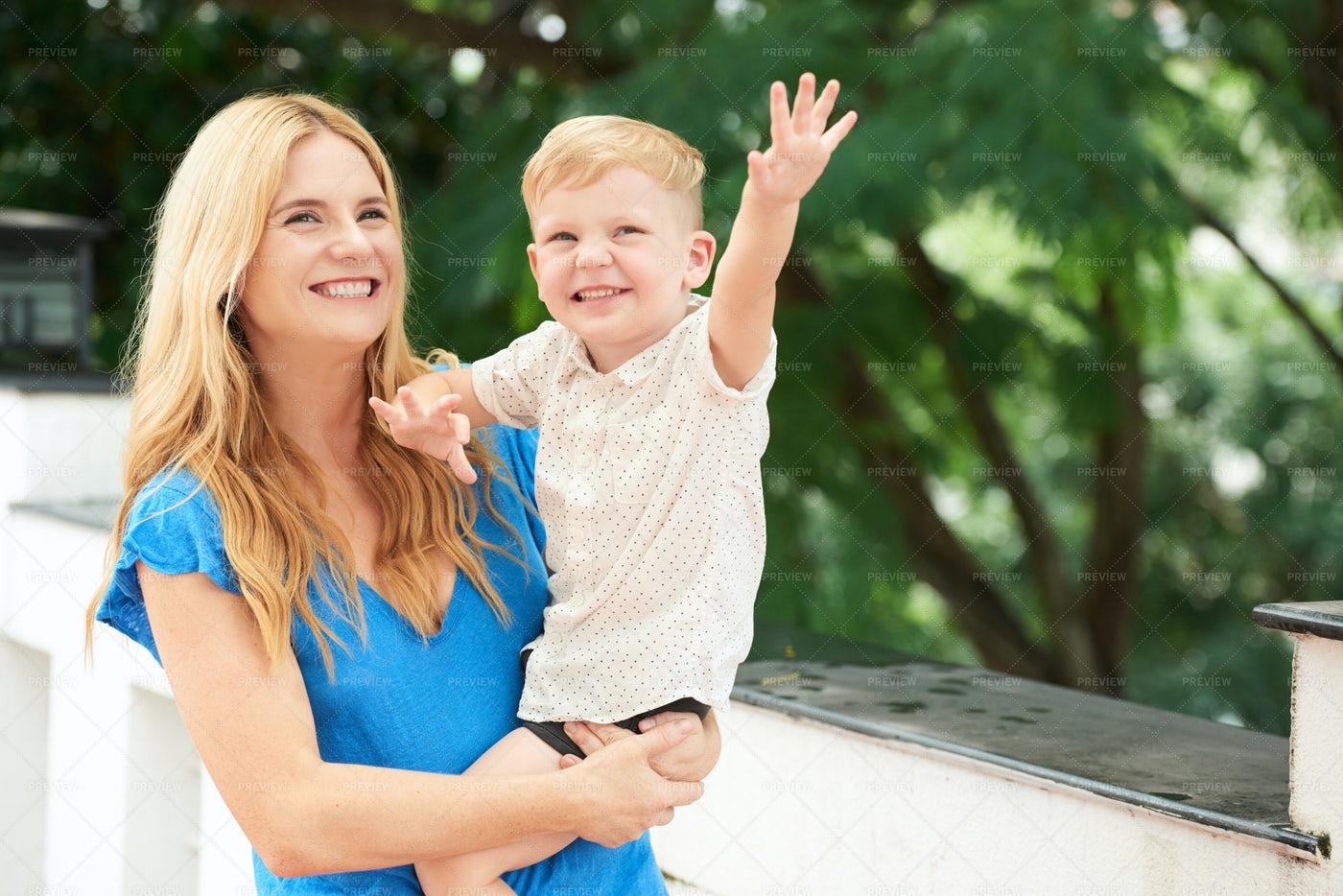 Motherhood: Stock Photos